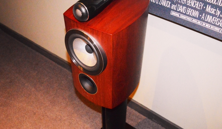 Bowers & Wilkins 805 D3 - The Benchmark for Standmount Speakers