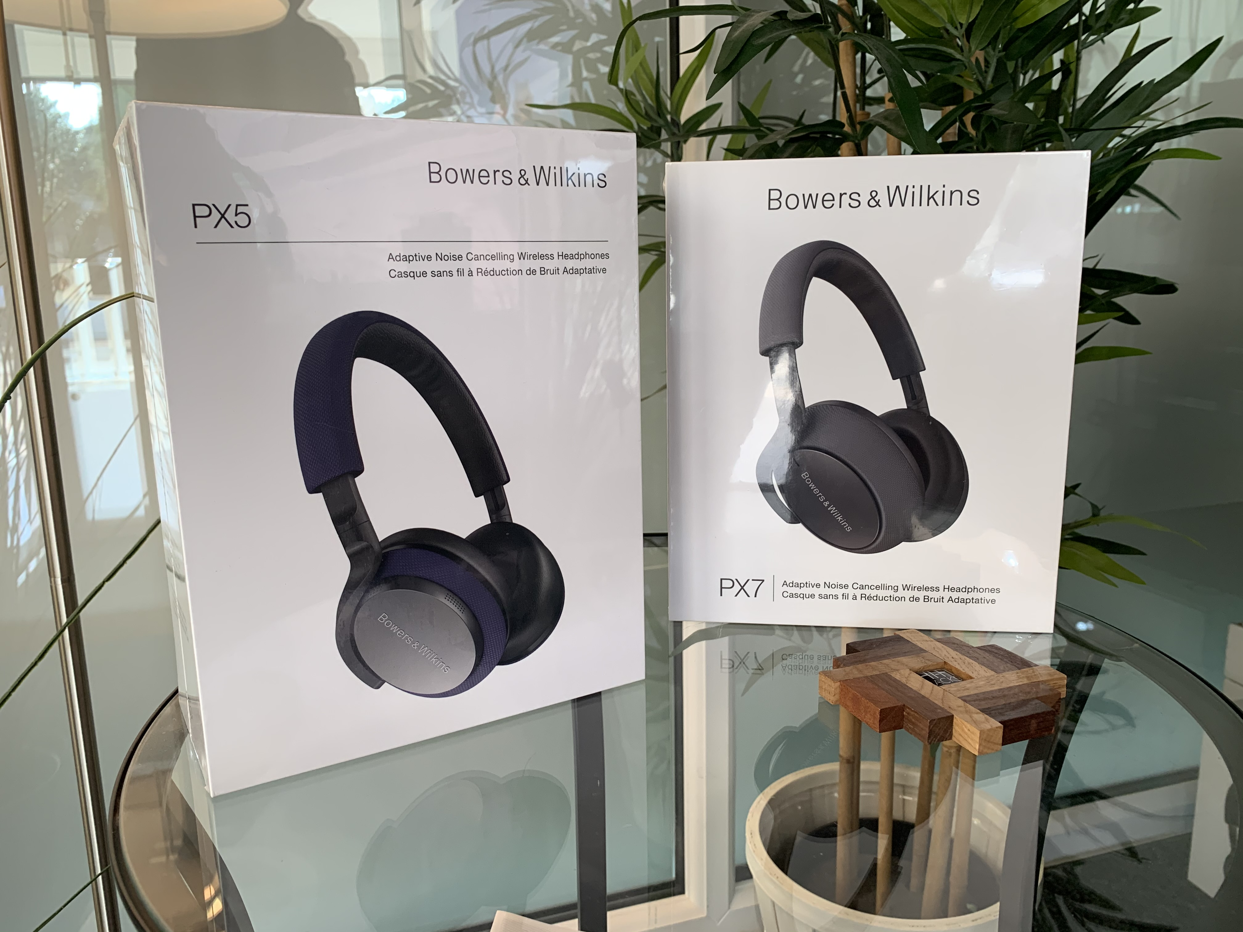 Bowers & Wilkins introduces their new and improved headphone portfolio: The PX 7, PX 5 & PI 3 !